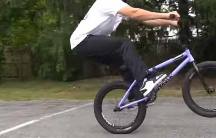 How To Manual Your BMX Bike Easy Guideline